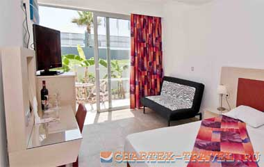 Отель Kolymbia Bay Art Hotel 3*