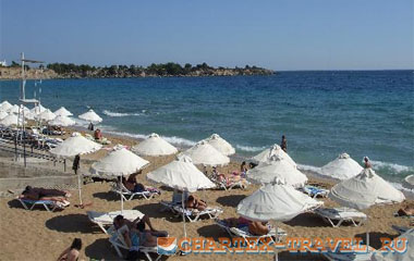 Пляж отеля Pefkos Village Resort 4*