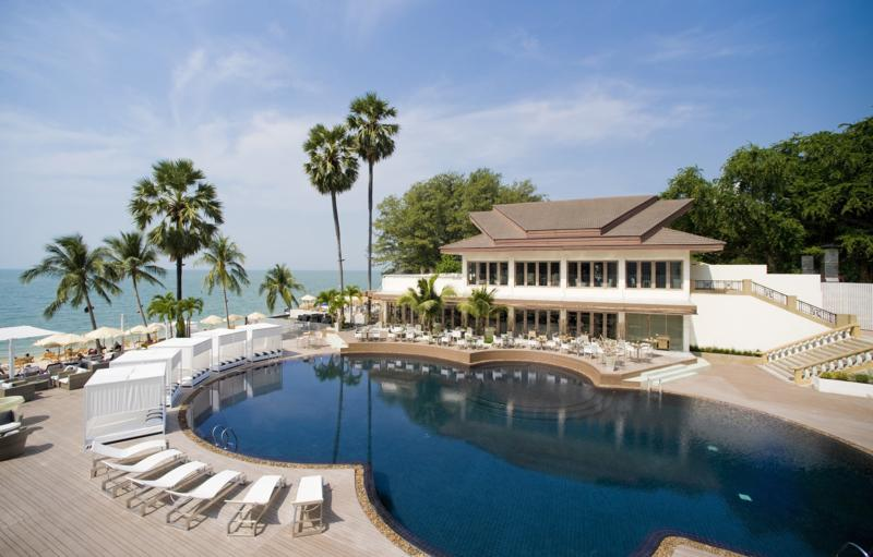 Отель Pullman Pattaya Aisawan (ex. Aisawan Resort & SPA) 4*