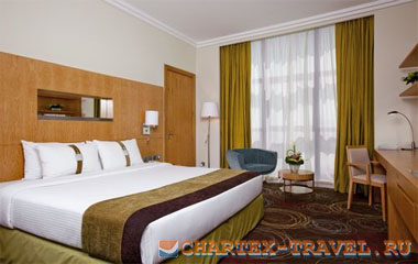 Номер отеля Holiday Inn Abu Dhabi 4*